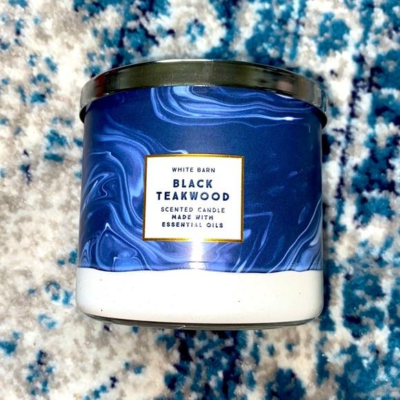 Black teakwood Candle
